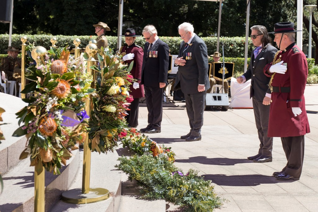 ANZ_YPRES_2017_272c Wreath laying - Ron Brown, National Serviceman's Assn, Lt Col Colin Dunstan, Legacy, Alexander Weilsmann UNAA