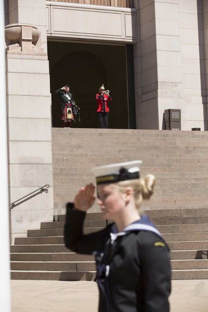 ANZ_YPRES_2017_295 The Last Post - Piper Jim Braid, Bugler Ross Griffiths, MC Darren Mitchell and RAN Flag Orderly Ensign M Gunter