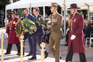 2016 07 19 Fromelles Day Sydney_0321 wreath laying small cropped
