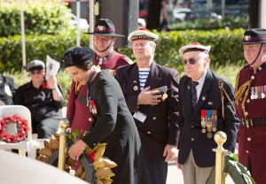 2016 07 19 Fromelles Day Sydney_0394 wreath laying small