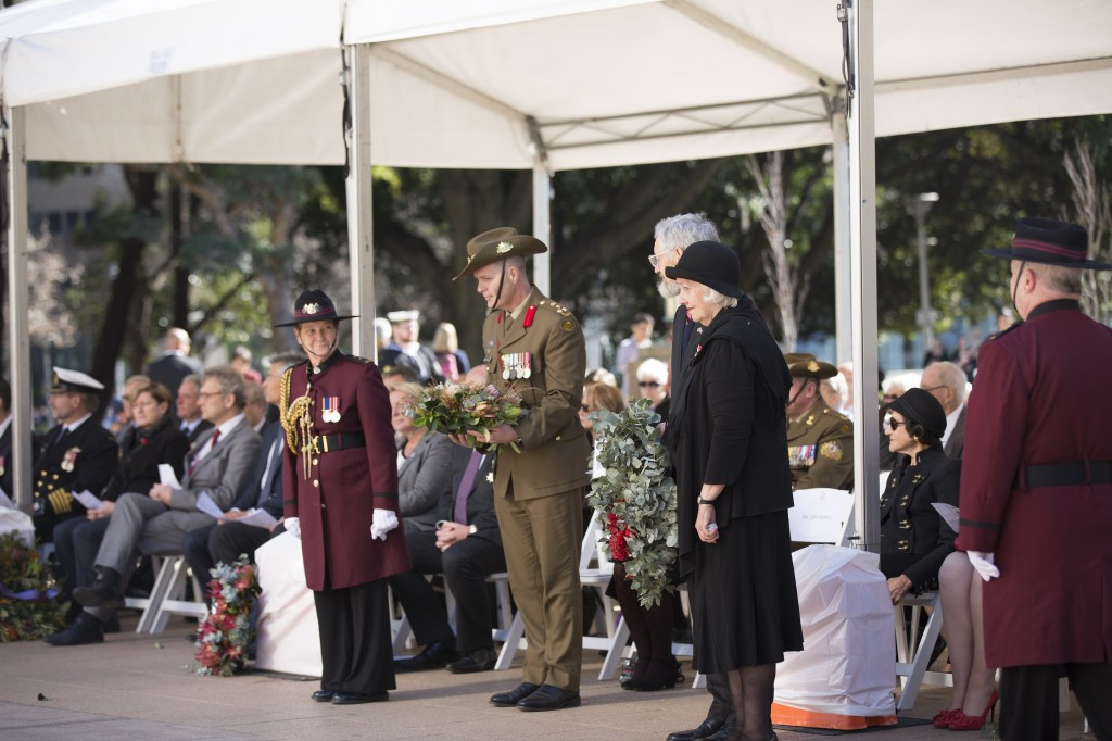 Brigadier Phil Moses, Commander 8th Brigade of The Australian Army on behalf of the 8th Brigade Mr Jim Munro, President of the Families and Friends of the First AIF, accompanied by Mrs Margaret Snodgrass OAM, in tribute to the Fallen, together with Ms Julie Werner, Mr Rene Herbert and Ms Helen Carey, in memory of the Missing