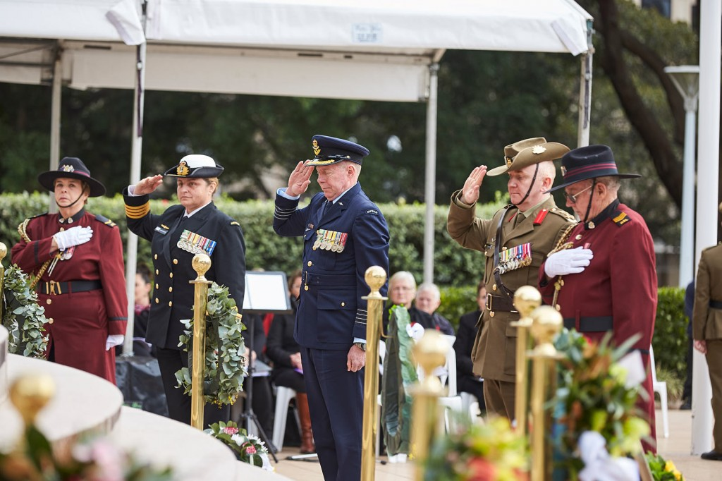 ANZ_Fromelles__2018_198 Wreath laying RAN Capt Amanda Garlick, RAAF Group Capt Peter Friend, Army Brig Neil Sweeney