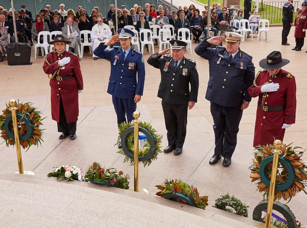ANZ_Fromelles__2018_226 Wreath laying Police Insp Rob Winkler, Fire & Rescue DepComm Jim Hamilton & Ambulance Supt Michael Bray